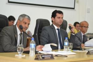 Sessão contou com a presença da presidente do Conselho Municipal Anti Drogas de Manhuaçu (COMAD), Luizaura Januária, e da Conselheira, Luciana Dutra Melo.
