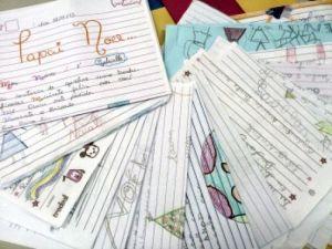Nos últimos três anos, em todo o País, foram recebidos 3,1 milhões de cartas destinadas ao Papai Noel dos Correios.