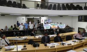 Na Câmara: durante votação do projeto, trabalhadores do comércio pediram o fechamento dos supermercados aos domingos.