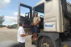 Projeto visa promover cuidados com a saúde para os caminhoneiros.