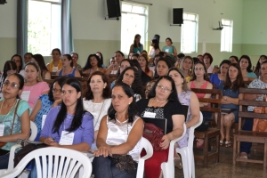 O evento contou com a presença de professores, diretores e secretários municipais de Manhuaçu e região.