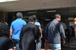 Vereadores e representantes do Sindicato foram até o gabinete do Prefeito a fim de entregar documento contendo os principais tópicos da luta dos servidores.
