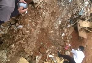 Corpo da vítima foi jogado em um lote vago, no bairro Santa Filomena.