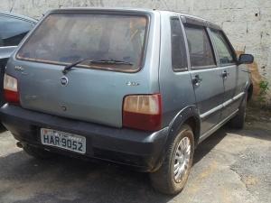Fiat Uno foi roubado e, em seguida, clonado; chaves não abriram o veículo.