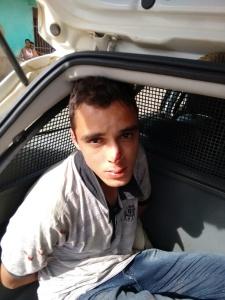 Heitor Brancator Figueiredo, de 21 anos, foi mantido no local onde caiu por populares.