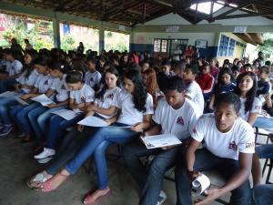 60 alunos da Escola Renato Gusmam se formaram no GDS nesta segunda-feira.