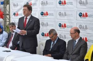 Anúncio foi lido pelo presidente da OAB Manhuaçu, Alex Barbosa.