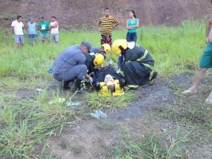– Corpo de Bombeiros realizou o atendimento das vítimas, que foram encaminhadas à UPA de Manhuaçu.