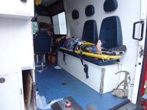 Motociclista e passageiro tiveram escoriações; Corpo de Bombeiros realizou o socorro as vítimas.