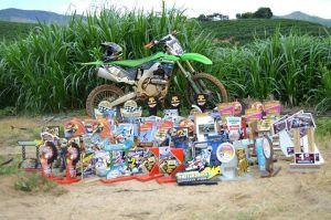 Com 17, José Ronaldo já possui diversos prêmios de motocross.