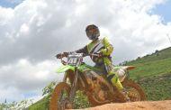 Jovem motoqueiro de São Pedro do Avaí disputou mais de 40 competições e pontuou em 36 delas