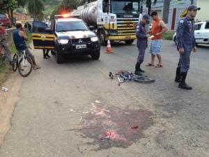 Sangue na pista: vitima teve hemorragia e foi levada com ferimentos graves; nesta seta-feira perna foi amputada.