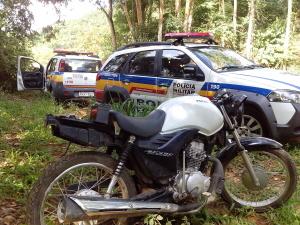 Uma das motos foi recuperada nesta segunda-feira, no bairro Matinha.