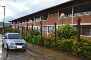 Escola em Vila Nova possui autorização especial para funcionamento no período noturno, garantindo também a vaga aos alunos menores de 16 anos.