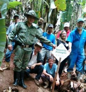 Representantes do Sistema FAEMG-SENAR, do Sindicato dos Produtores Rurais, Comitê de Bacias Hidrográficas Rio Manhuaçu e do 6º Pelotão de Policia Militar de Meio Ambiente fizeram parte da ação.