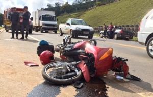 Motociclista fica gravemente ferido em acidente - foto 1.