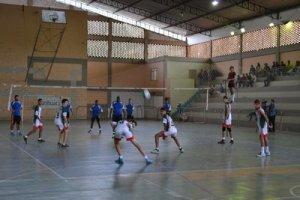 Futsal é uma das modalidades dos jogos escolares; jogo disputado em Manhuaçu, na etapa municipal.