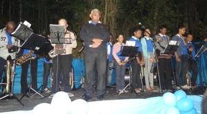 A Banda de Música Irmã Cecília, de Manhumirim, abrilhantou o evento.