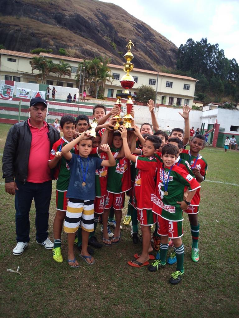 União de Lajinha, Campeão Sub-11. (Crédito: Fabiano Feijão)