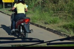 Veículos 50cc continuarão sendo autuados por infração de trânsito, mas liberados à pessoa habilitada