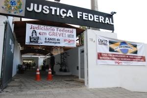 Um dos coordenadores do movimento em Manhuaçu, Sebastião Marcos Coelho, falou sobre o problema com o quadro de pessoal, que não consegue atender a demanda da região.