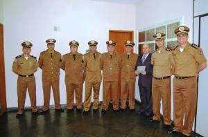 Descerramento da Placa dos formandos na 195ª Cia PM e homenagem ao paraninfo da turma: coronel Jordão Bueno Junior.