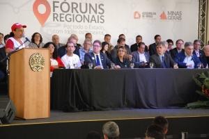 Governador de Minas instala Fórum Regional - foto 1