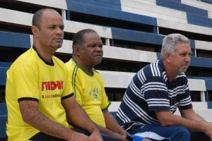 Organizador da Copa Field Ball, Wendel Neném (esq.), juntamente com o observador técnico do Cruzeiro, Gilmar Francisco (dir)
