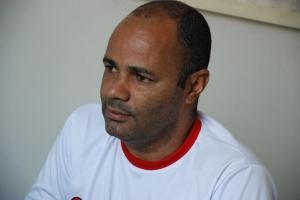 """Organizador da Copa Field Ball, Wendel """"Neném"""", esteve na redação do Diário de Manhuaçu"""