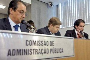 Deputado João Magalhães preside a comissão de Administração Pública.