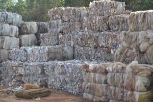 Servidores do SAMAL arrecadaram mais de 460 toneladas de materiais recicláveis em 2014