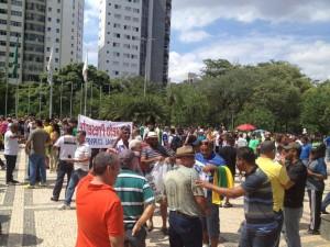 Ato aconteceu na Praça da Assembleia Legislativa, no Bairro Santo Agostinho, na Região Centro-Sul de Belo Horizonte