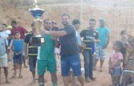 Torneio de futebol no Bairro Matinha termina com Equipe Quilombo campeã