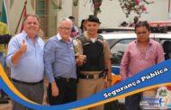 Prefeito Gê e seu vice Durval entregam viaturas para destacamento policial em Vermelho Novo
