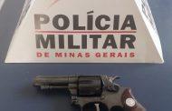 Militares cumprem mandado e recolhem arma