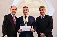 Rodrigo Garcia, do Grupo SEMA, recebe o Mérito Empresarial ao empresário Rodrigo Garcia