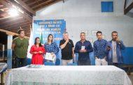 Entrega de escrituras dos imóveis para famílias em Matipó