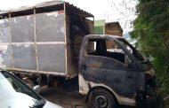 Identificados indivíduos que atearam fogo em veículo usado pela Vigilância Ambiental