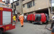 Carro sem freio capota no bairro Santa Luzia