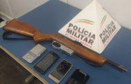 PM evita crime violento, apreende arma de fogo e recupera veículo furtado