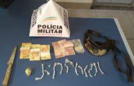 Drogas e dinheiro são apreendidos em Abre Campo