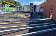 Infiltração na Rodoviária: Presidente da Câmara de Manhuaçu acompanha obra que soluciona o problema