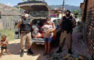Ipanema: Ação conjunta entrega cestas básicas a famílias necessitadas