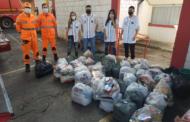 Corrente do Bem doa cestas básicas para o CAF Manhuaçu