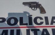 Indivíduo preso por porte ilegal de arma em Abre Campo