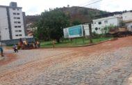 Enxurrada e lama prejudicam moradores em Manhumirim