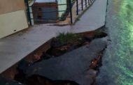Cratera e lama na rua José Bertolace de Barros causam transtornos para moradores